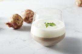 Foto van Cappuccino van aardpeer en geitenkaasmousse