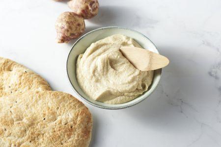 Hummus van aardpeer