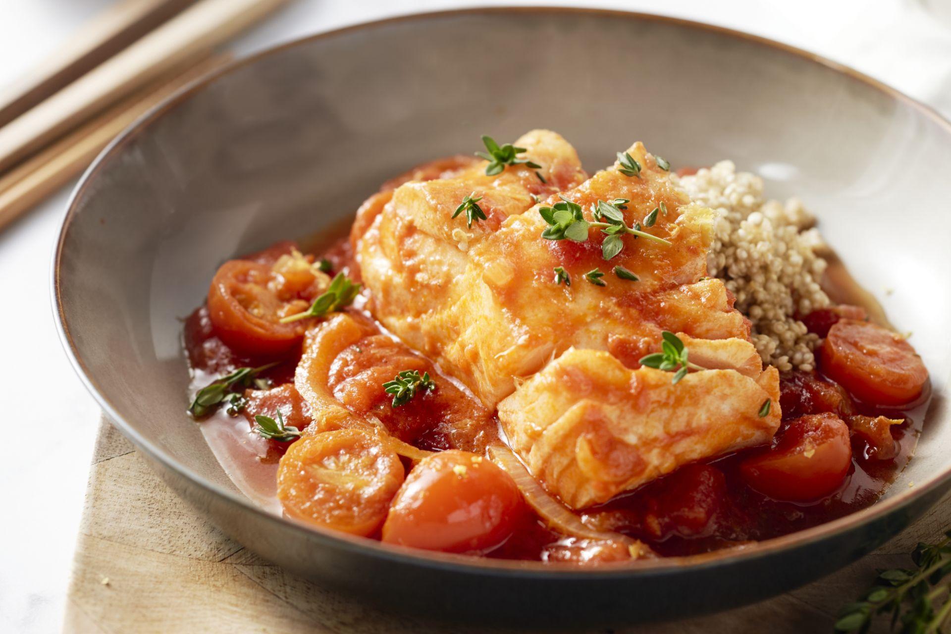 Kabeljauw in tomatensaus met quinoa