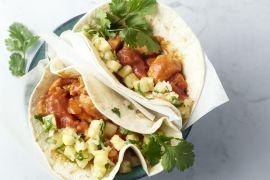 Foto van Taco's met kip en ananassalsa