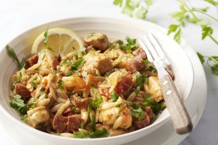Paella van risoni met kip en chorizo