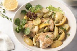 Foto van Kip met citroen, look, olijven en krieltjes