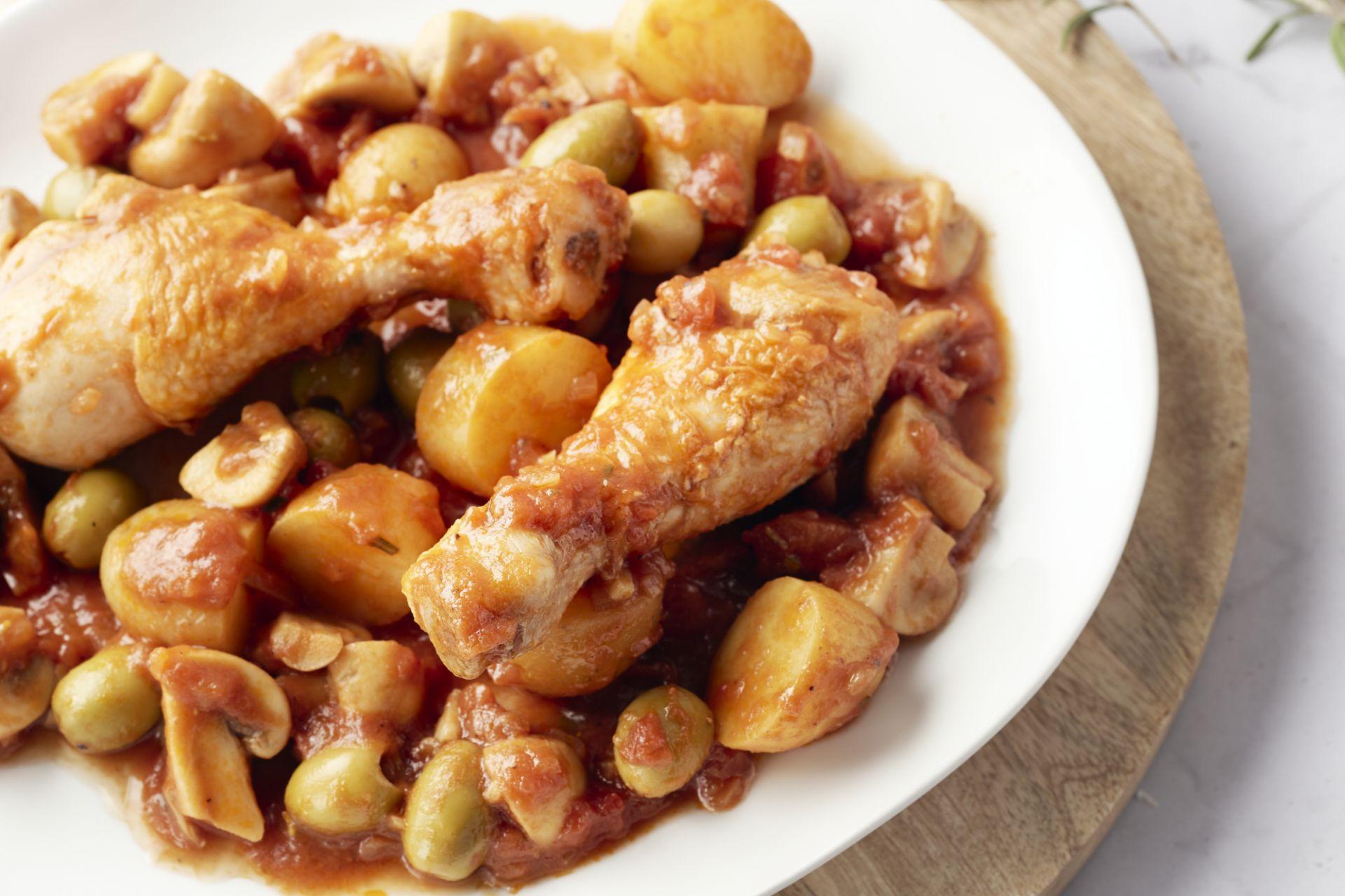 Jagersstoofpotje met kip (pollo alla cacciatora)