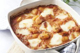 Foto van Gnocchi met tomaat en mozzarella in de oven