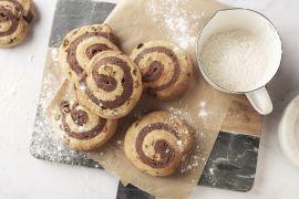 Foto van 2-kleurige broodjes