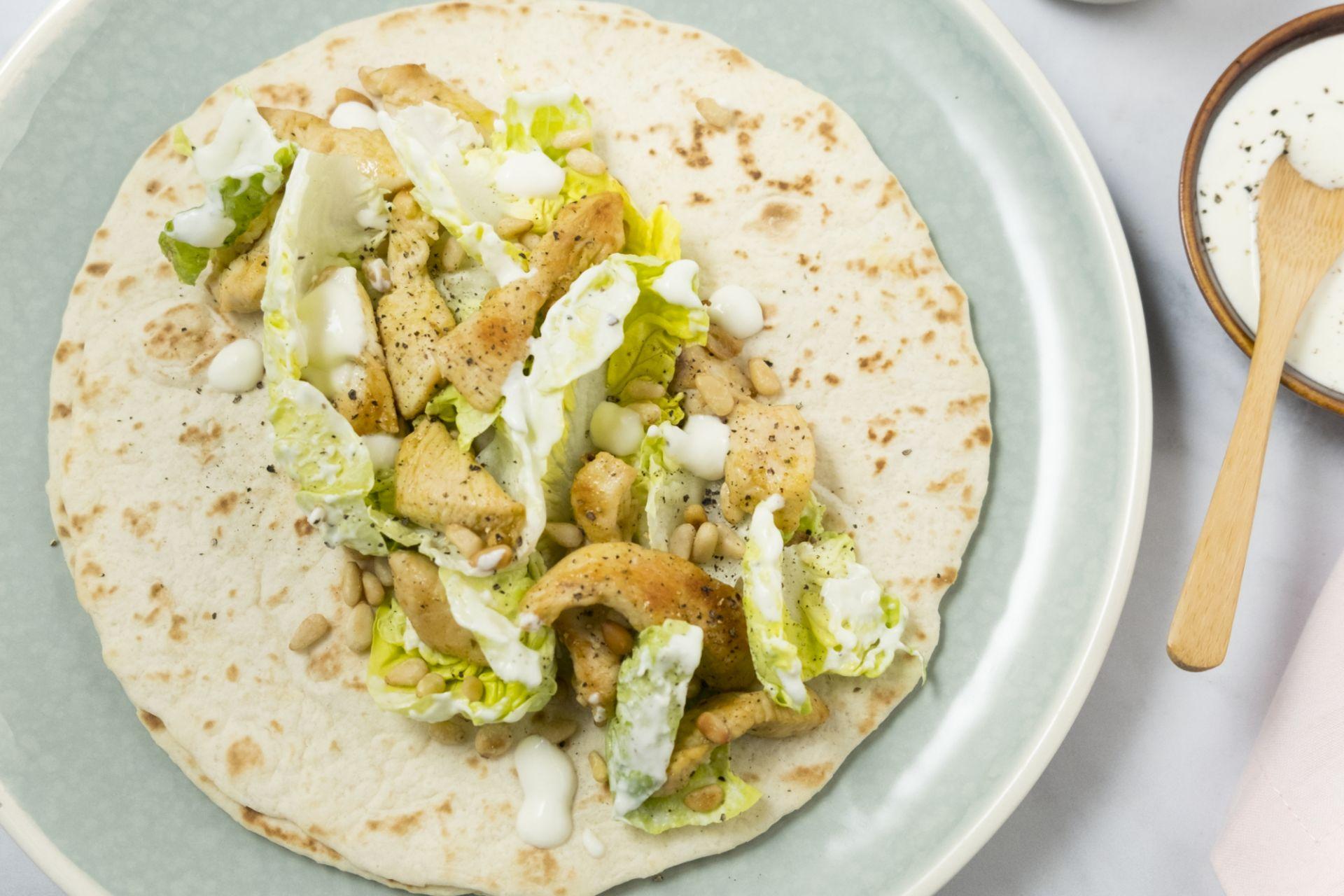 Caesar salade wraps met kip