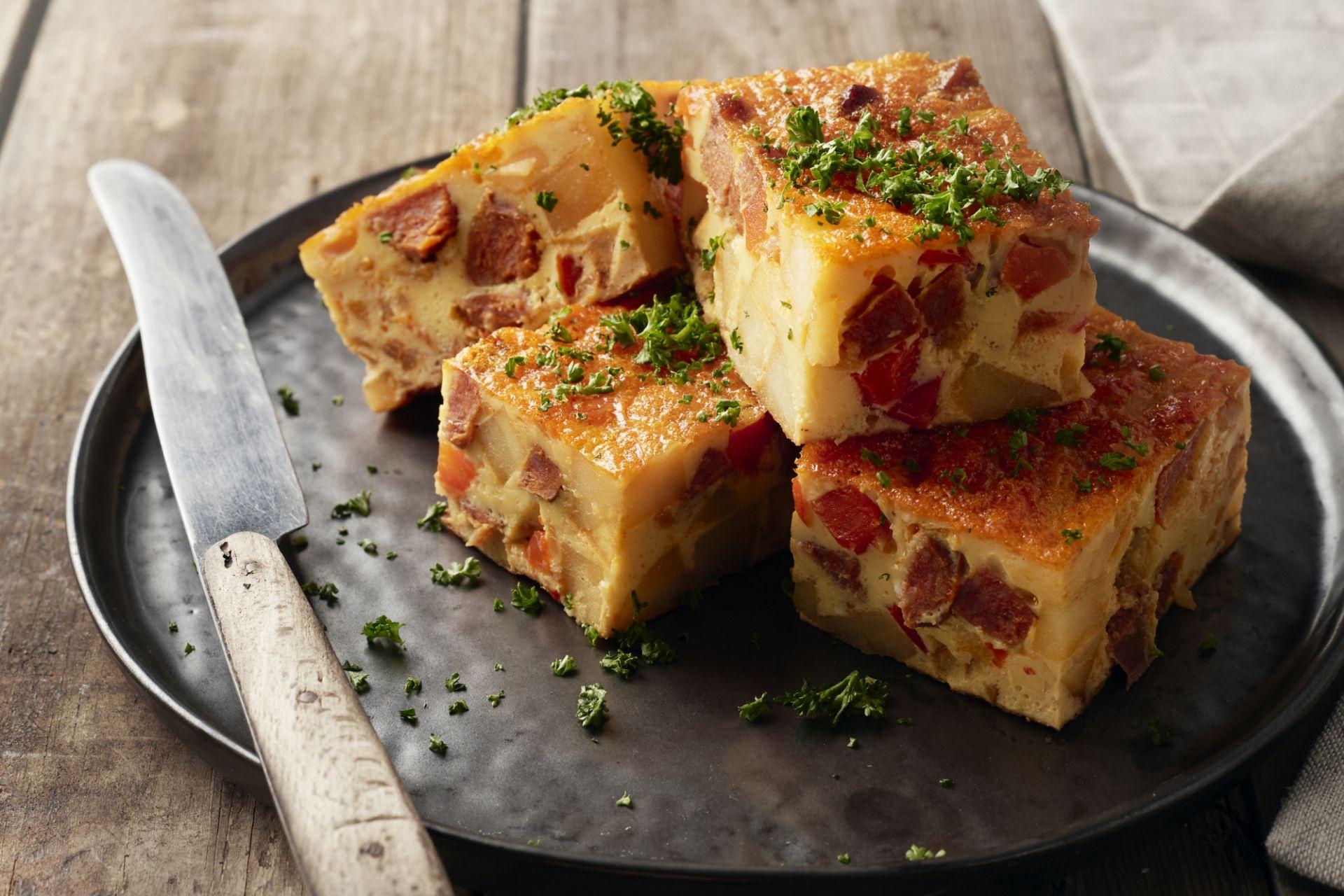 Tortilla met chorizo en paprika