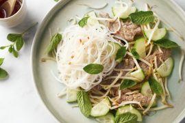 Foto van Vietnamese koude noedelsalade met rundsvlees