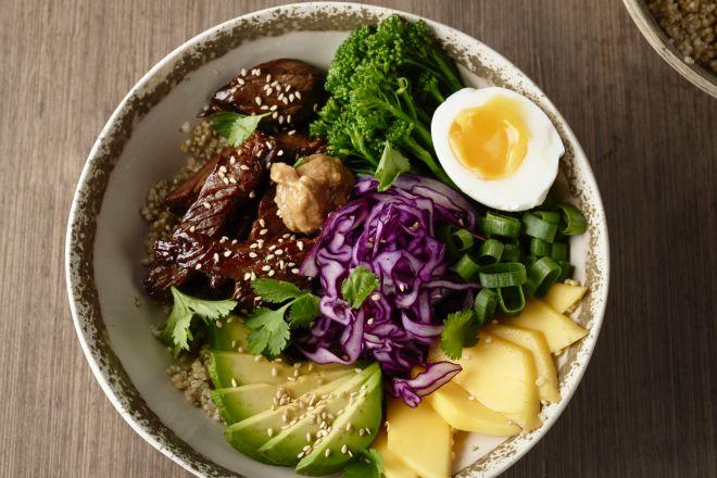 Koreaanse barbecue bowl (bulgogi)
