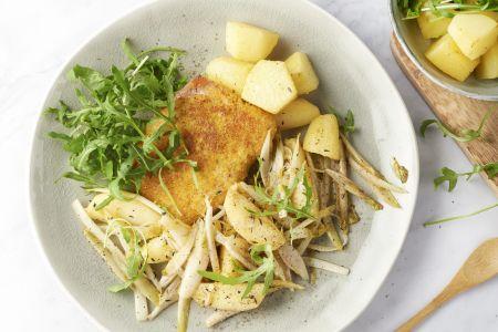 Kip cordon bleu met gebakken witloof, aardappelen en appeltjes