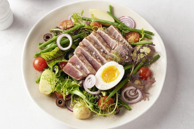 Salade Niçoise met verse tonijn