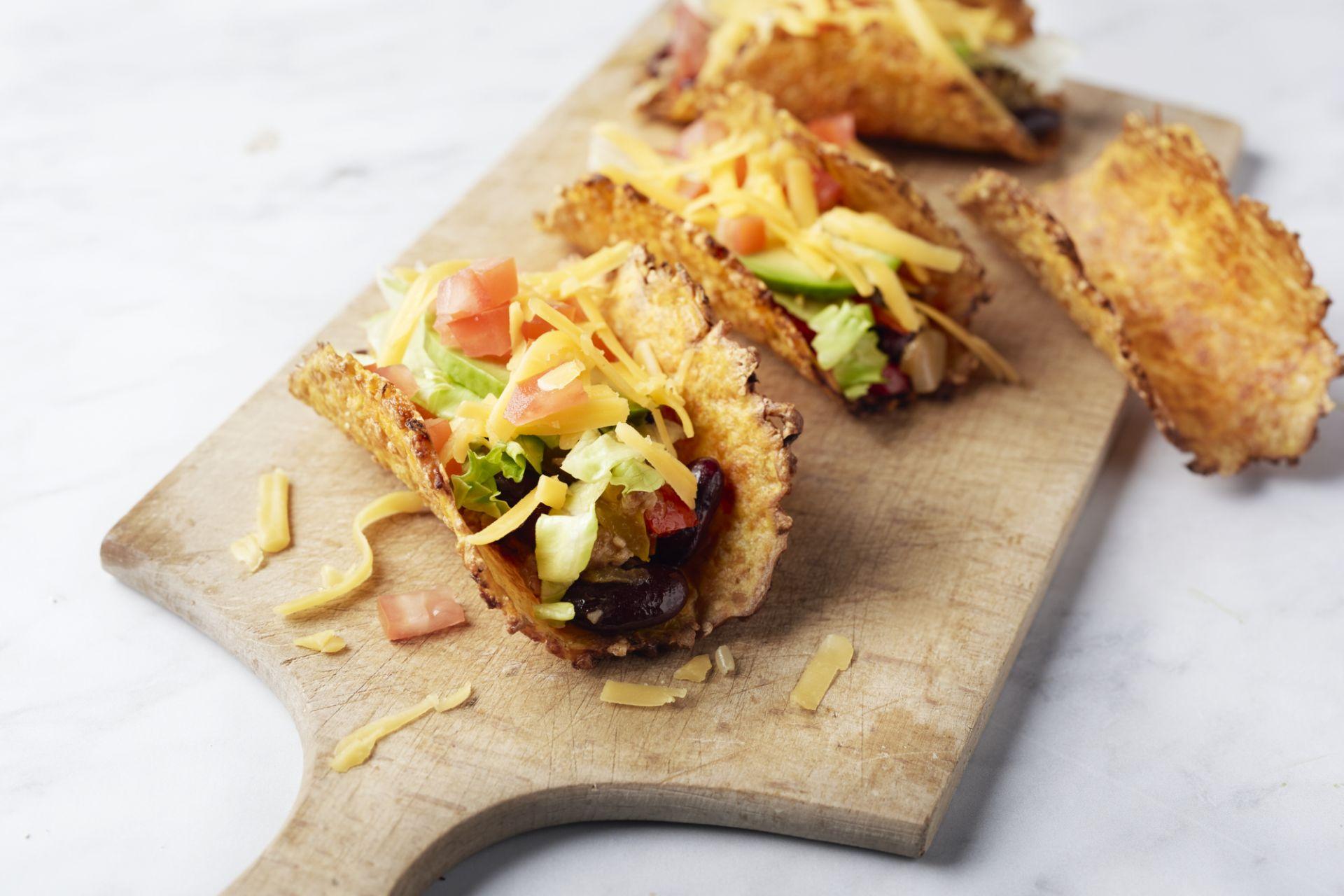 Worteltaco's met gehakt en avocado