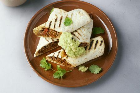 Burrito's met gehakt en guacamole