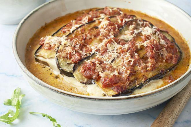 Melanzane alla parmigiana met rucola