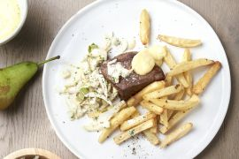 Foto van Steak bearnaise en witloofslaatje