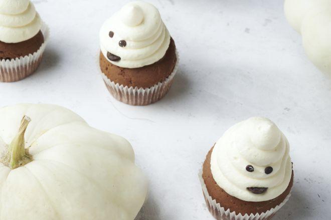 Chocolade cupcake spookjes