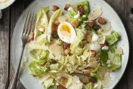 Foto van Caesar salade met witloof