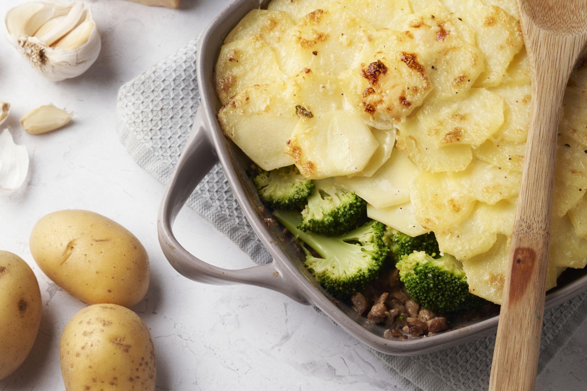Ovenschotel met veggie gehakt en broccoli