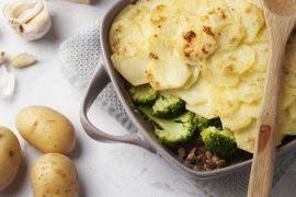 Foto van Ovenschotel met veggie gehakt en broccoli