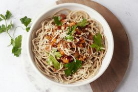 Foto van Volkoren spaghetti met snelle ragu van veggie gehakt