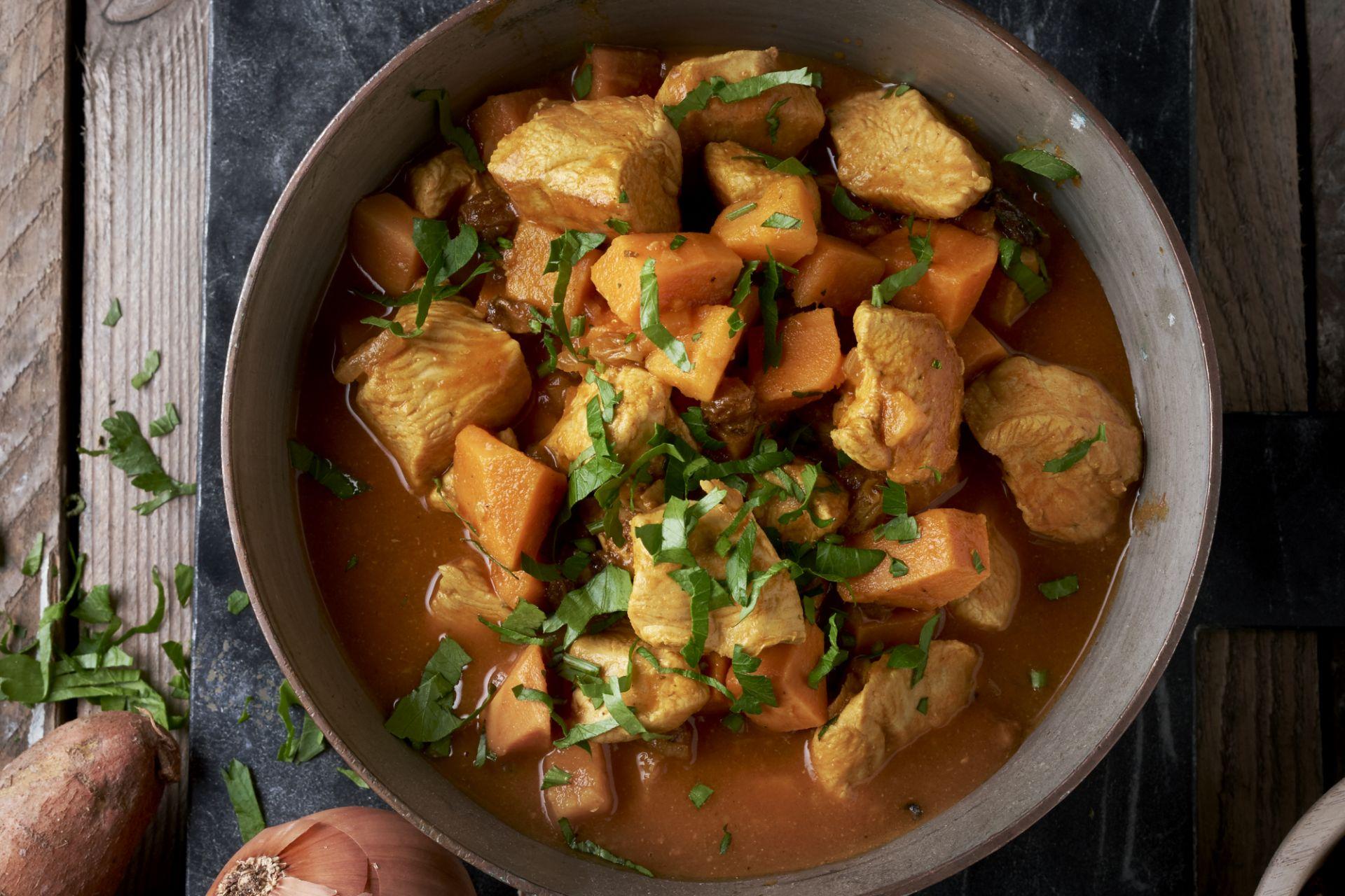 Stoofpotje van kalkoen en zoete aardappel