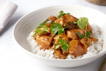 Kip tikka masala met courgette en rijst