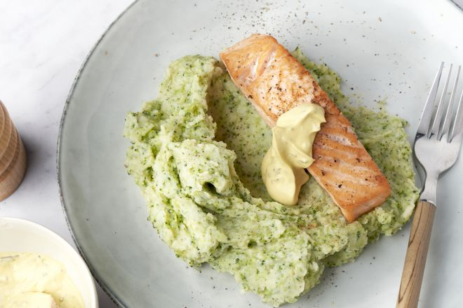 Zalm bearnaise met broccolipuree