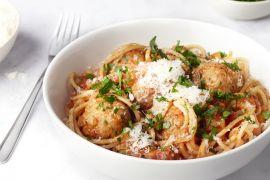 Foto van Spaghetti met gehaktballetjes in tomatensaus