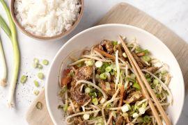 Foto van Varkensreepjes teriyaki met rijst en krokante groenten