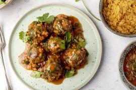 Foto van Kruidige gehaktballetjes met Perzische tomatenrijst