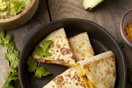 Quesadilla's met kip en guacamole