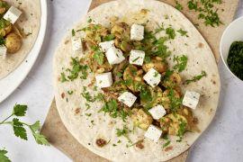 Foto van Wraps met ras el hanout champignons, feta en peterselie