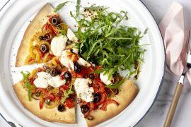 Foto van Pizza vegetale met geitenkaas