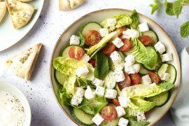 Foto van Salade fattoush met pitakrokantjes en feta