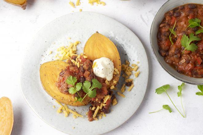Chili sin carne met gepofte zoete aardappel