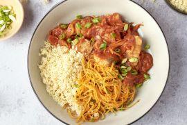 Foto van Snelle vistajine met couscous en wortelsalade
