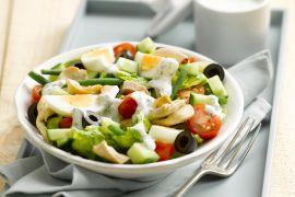 Foto van Salade niçoise met kip
