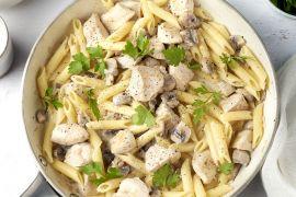 Foto van Penne met kip, champignons en kruidenkaas