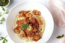 Foto van Varkensblokjes in osso bucco-saus met gremolata en spaghetti