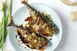 Foto van Oosterse makreel uit de oven met rijst