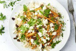 Foto van Honing geroosterde wortelen met feta, pijnboompitten en bruine rijst