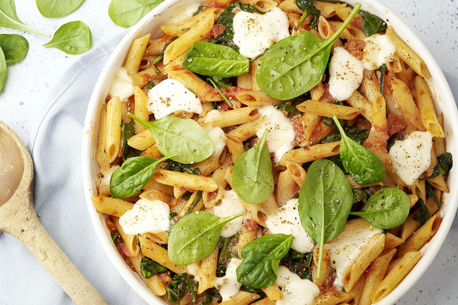 Laagjesschotel met pasta