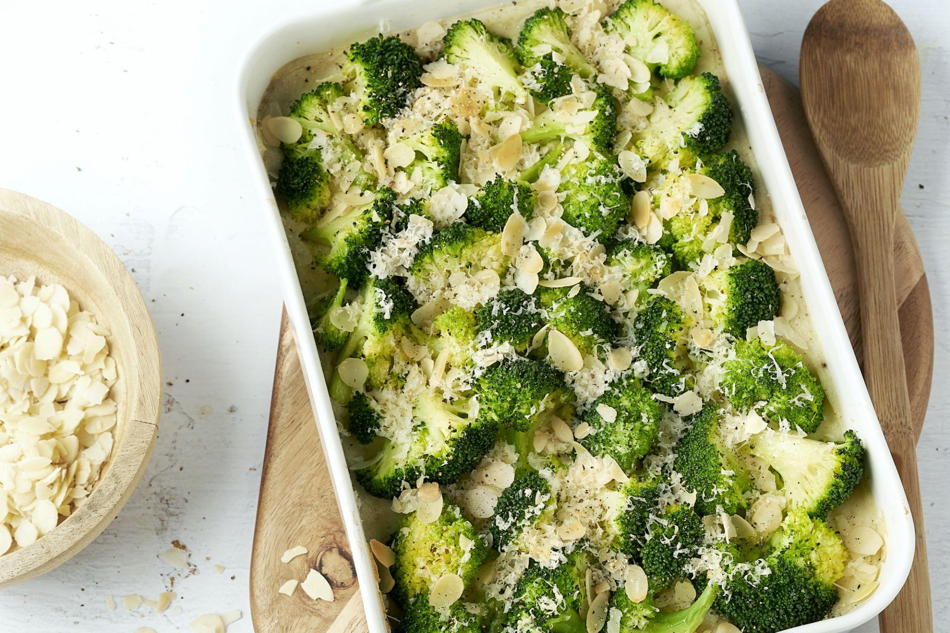 Ovenschotel met broccoli en kippengehakt