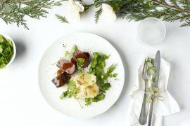 Foto van Hertenfilet met portosaus, gratin van aardappel en peterseliewortel