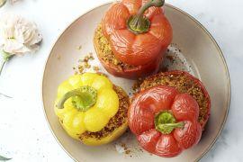 Foto van Gevulde paprika met quinoa en kippengehakt