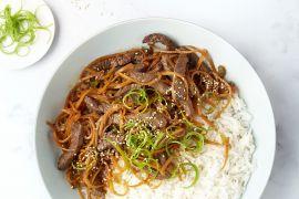 Foto van Wok met runderreepjes teriyaki en rijst