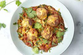 Foto van Mexicaanse gehaktballetjes in tomatensaus met rijst