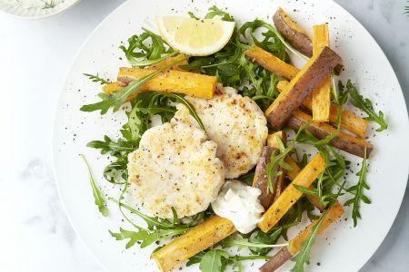 Viskoekjes met zoete aardappelfrietjes en dillemayonaise