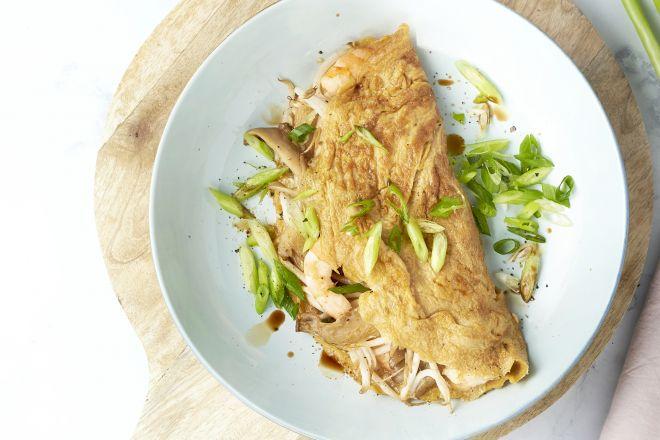 Aziatische omelet met garnalen