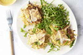 Foto van Pastinaakrösti met gerookte makreel en rucola
